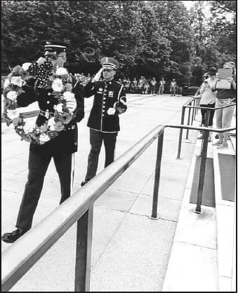 Bob Petterson took part in the laying of the wreath for the 'Unknown Soldiers' in Washington D.C.